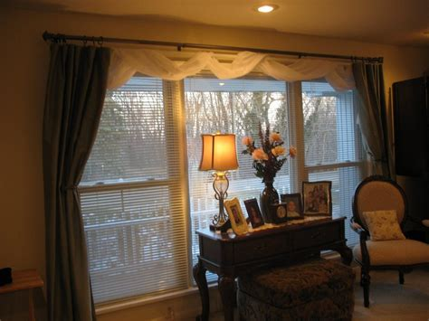 Design Of Curtains For Large Living Room Windows