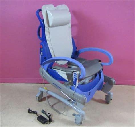 used arjo carendo power hygiene shower bath chair for sale