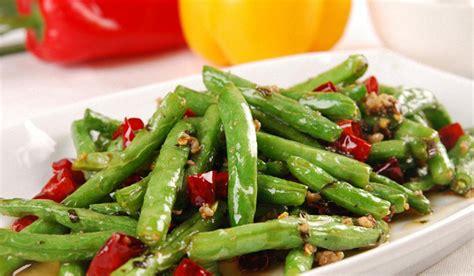 un chinois en cuisine 十道原汁原味的中国菜 cuisine chinoise 10 plats authentiques et