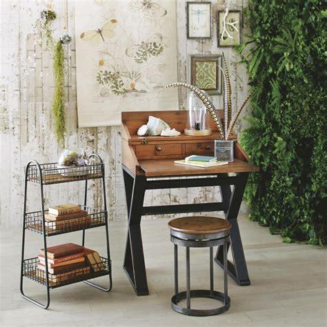 Wood Small Bedroom Desks Design Trends Decorating Cozy