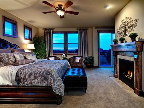 Bedroom Design With Fireplace by 20 Bedroom Fireplace Designs Hgtv