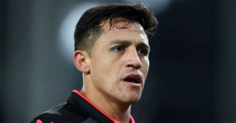 Arsenal transfer news: Players 'sick' of Alexis Sanchez ...