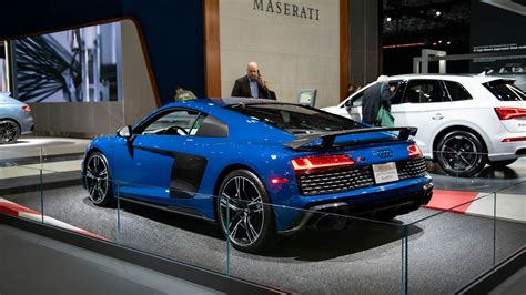 Audi R8 2020 by 2020 R8 Gets New Look 200 Mph Top Speed For All Models