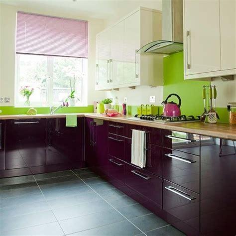Aubergine And Cream Kitchen  Decor And Design  Cocinas