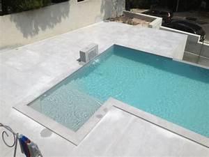 Beton Ciré Piscine : construction d 39 une piscine beton marinal a debordement et plage idee swimming pools ~ Melissatoandfro.com Idées de Décoration
