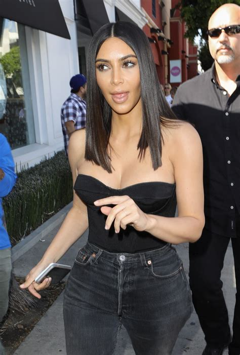 Kim Kardashian at Cuveee on Robertson Blvd in LA 3/30/2017 ...
