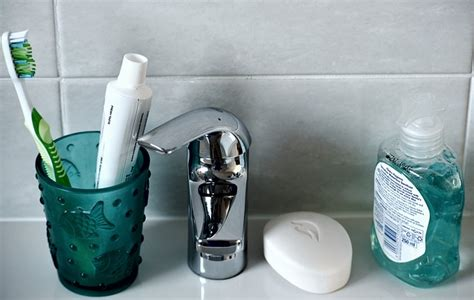 Bathroom Electronic Gadgets by 10 Bathroom Gadget Ideas To Make Your Bathroom Awesome