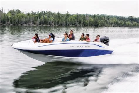 Tahoe Deck Boats 2018 by Tahoe Boats Deck Series 2018 2150 Description