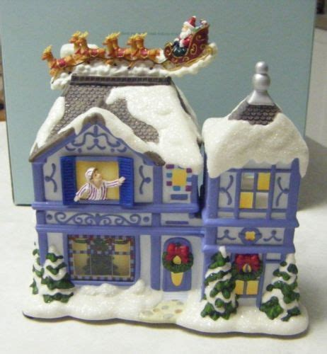 Musical PartyLite Christmas Tealight House