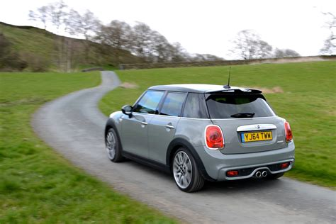 Mini Cooper 5 Door Modification by Mini Cooper Sd 5 Door Hatch 2 0 Review Greencarguide Co Uk