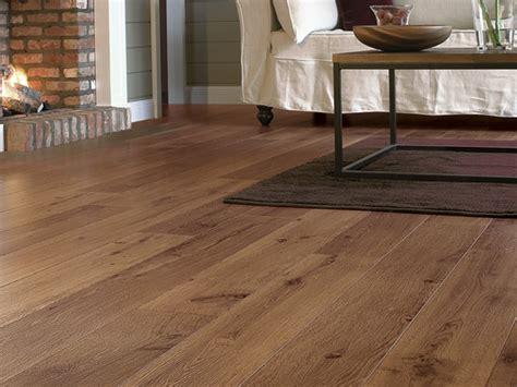 choosing vinyl laminate flooring advantages features