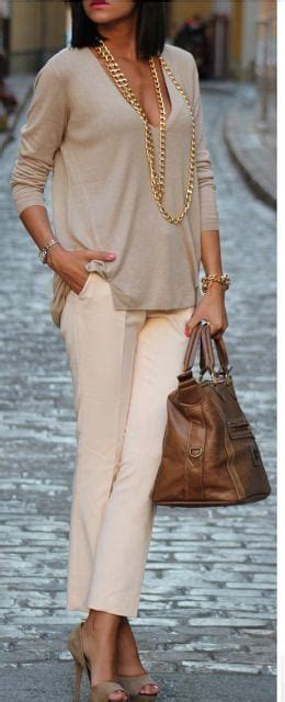 women cropped pants outfits  ideas   wear crop pants