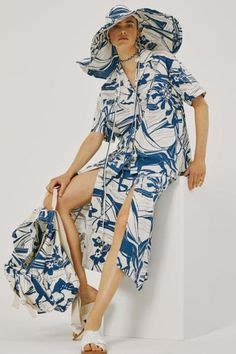 The ultimate spot for the fashion obsessed including runway reviews, celebrity style and fashion, fashion and beauty trends, designers, models, and more. 64 Spring Summer 2022 ideas | color trends fashion, fashion trend forecast, color trends