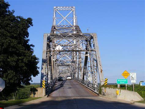 Bridgehunter.com | Black Hawk Bridge
