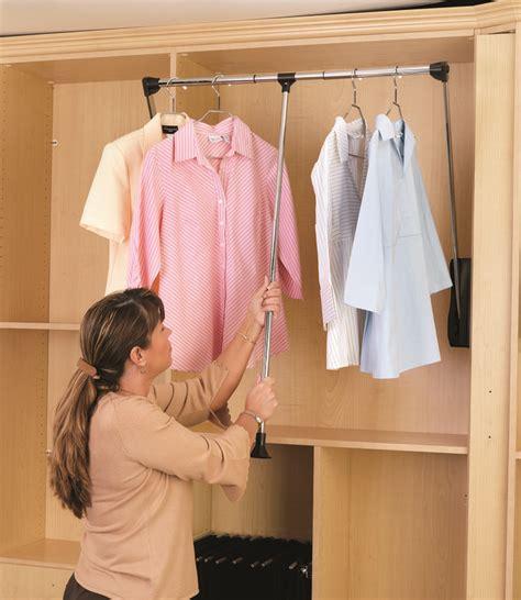 Closet Rod Length by 1000 Ideas About Closet Rod On Corner Rod