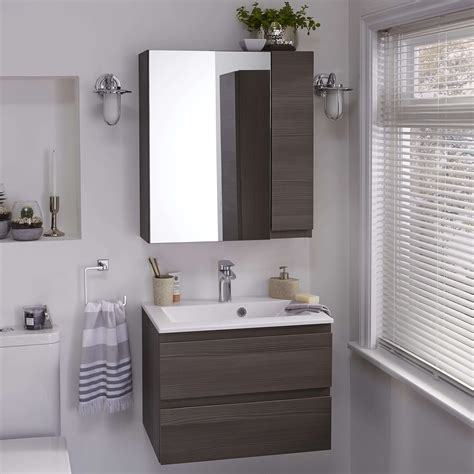 clever small bathroom cabinet ideas