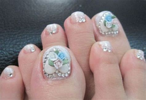 Amazing Christmas Toe Nail Art Designs & Ideas For