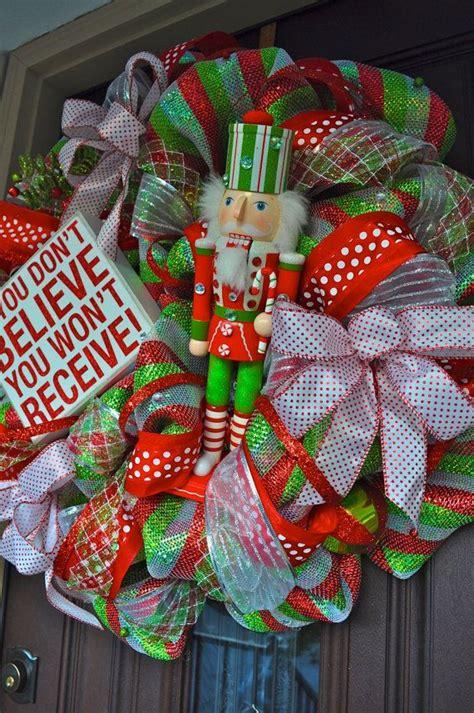 attractive wreaths christmas decorations ideas decoration love