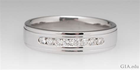 mens wedding bands one that suits his style