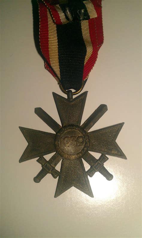 nazi badges pins  medals