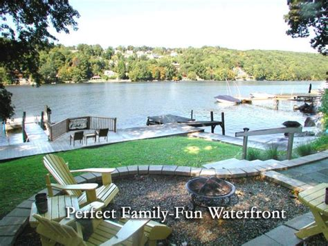 Candlewood Lake Boat Rentals by 15 Best Connecticut Lake House Vacation Rentals Images On