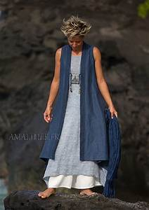 long blue summer linen vest and white flare pants With robe tunique fluide