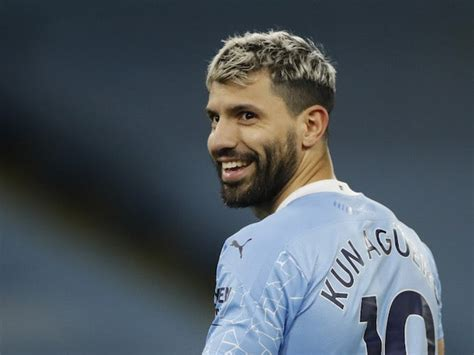 Barcelona 'want Manchester City's Sergio Aguero on a free ...