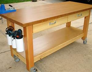 """Ana White Rolling Workbench with """"Drill Holders"""" - DIY"""