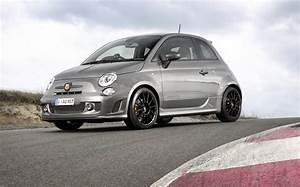 Fiat 500 Abarth Competizione : abarth 595 turismo competizione announced for 2015 lineup performancedrive ~ Gottalentnigeria.com Avis de Voitures