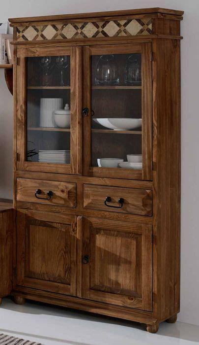 pin de rustico colonial en vitrinas rusticas en