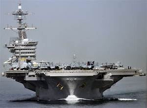 21 photos that show just how imposing US aircraft carriers ...
