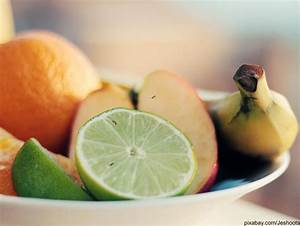 Mücken Vertreiben Hausmittel : fruchtfliegen beseitigen die besten hausmittel gegen obstfliegen ~ Markanthonyermac.com Haus und Dekorationen