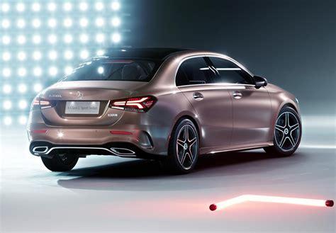 Uma versão esportiva do clássico design de 3 volumes: 2019 Mercedes-Benz A-Class sedan leaks online: UPDATE | PerformanceDrive