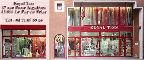 tissus pour recouvrir canapé le magasin royal tiss en photos royal tiss