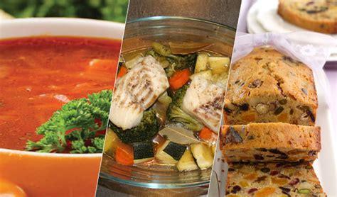 cuisine au pays du soleil menu du jour soupe au poisson market sfaxienne cake aux fruits secs