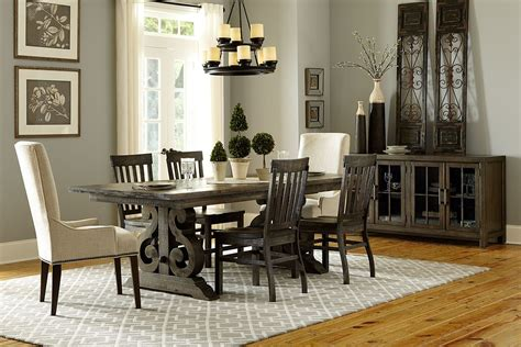 bellpine rectangular dining table  side chairs