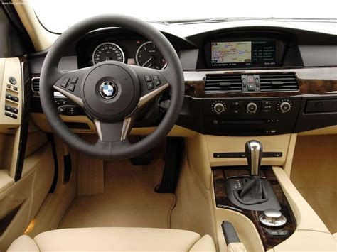 Bmw 530d Touring (2005) Picture #23, 800x600
