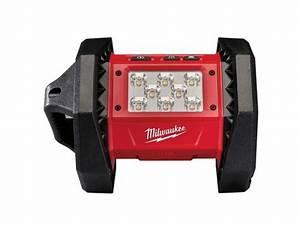 Projecteur De Chantier Led : projecteur led de chantier milwaukee 18v li ion m18al 0 ~ Edinachiropracticcenter.com Idées de Décoration