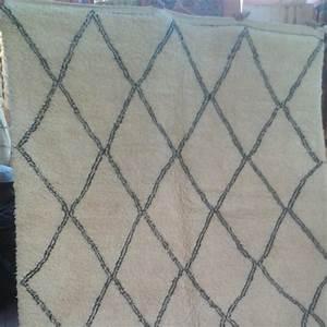 tapis berbere beni ouarain en laine d39agneau a losanges With tapis berbere ancien