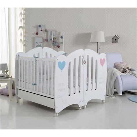 vide chambre lits bb pour jumeaux wonderful de micuna lits bb pour
