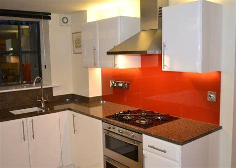 cuisine point p cuisine carrelage mural cuisine point p avec clair couleur carrelage mural cuisine point p