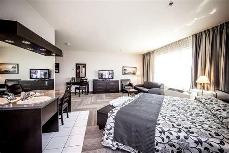 chambre suite avec hôtel charlemagne 32 chambres d hôtel et 4 suites à