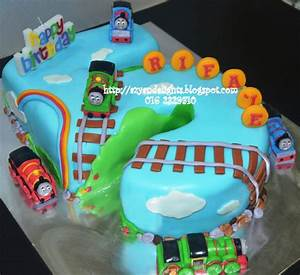 Azyandelights: Number 5 Cake Thomas and Friends Cake
