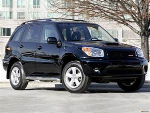 2004 Toyota Rav4 - Information And Photos