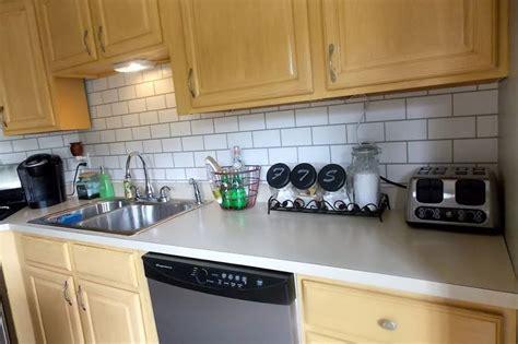Kitchen Backsplash Uk : 13 Removable Kitchen Backsplash Ideas