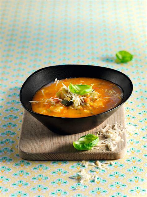cuisine plus recette soupe minestrone de légumes et de pâtes