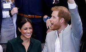 Prince Harry and Meghan Markle expecting first baby!