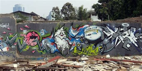 Graffiti Jakarta : Characters By Movetwo, Nc (thepickwick), Mustboys