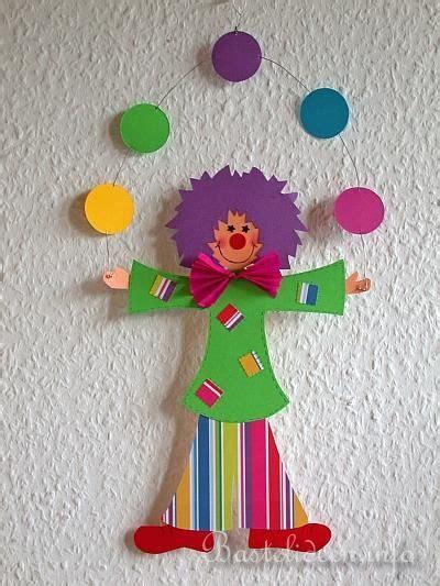 basteln fasching vorlagen papierbasteln basteln mit kindern clown fensterbild schule basteln