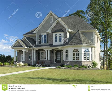 Home Exterior With Classic Northwest Charm Royaltyfree